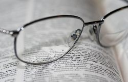 Contemporary Bifocal Reading Glasses